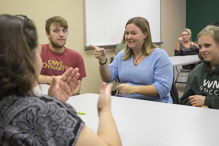 Online ASL program bachelor's students.